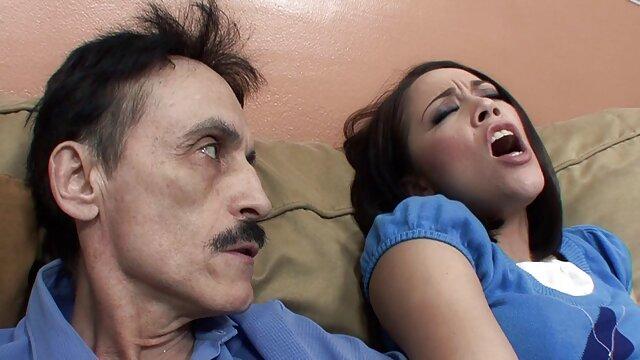セックスと力の要素 エロ 動画 美男 美女